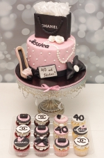 Chanel_pink_cake
