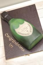 Dom_Perignon_Champagne_Bottle_Cake