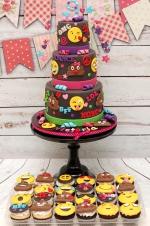 Emojies_cake