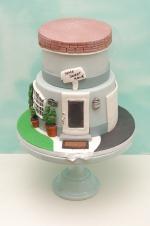 House_warming_cake