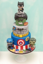 Lego_superheroes_cake_4