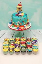 Minions_party_cake
