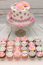 Polka_dots_pink_and_grey_retirement_Cake