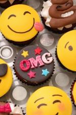 Emojie_cupcakes_4
