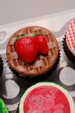 Farmer's_market_cupcakes_10
