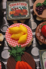 Farmer's_market_cupcakes_11