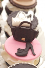 Handbags_and_shoes_cupcakes_6