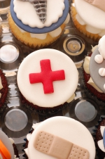 Pharmacy_graduation_cupcakes_7
