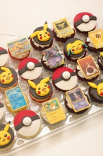 Pokemon_cards_cupcakes