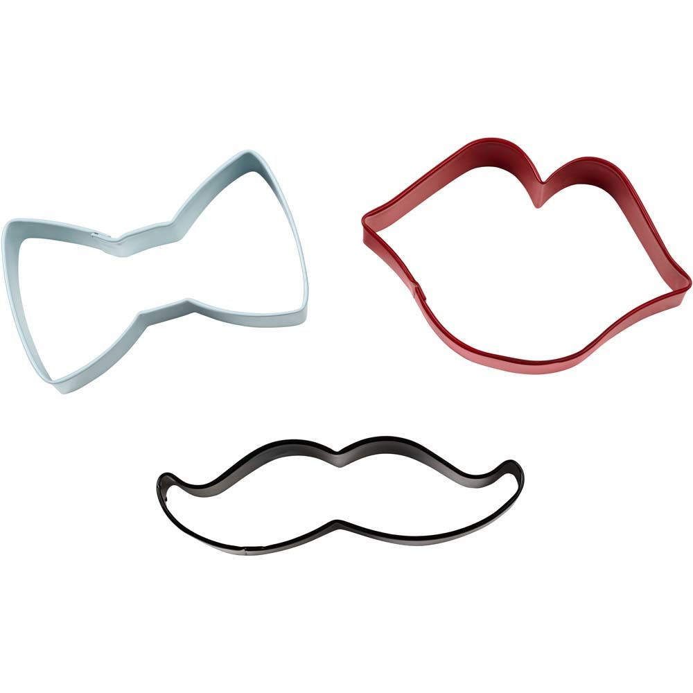 3-cookie-cutter-set-bow-1