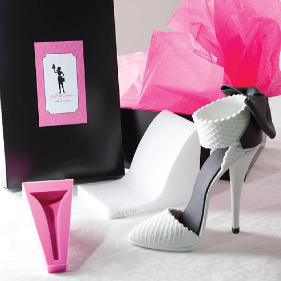 Stiletto-high-heel-shoe-kit