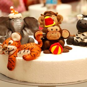 5-8pm: FONDANT ANIMAL TOPPERS